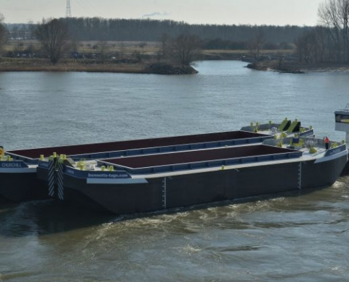 hopper barges for rental