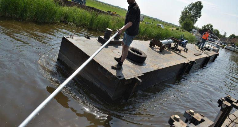 Workplatform modular pontoons Baars