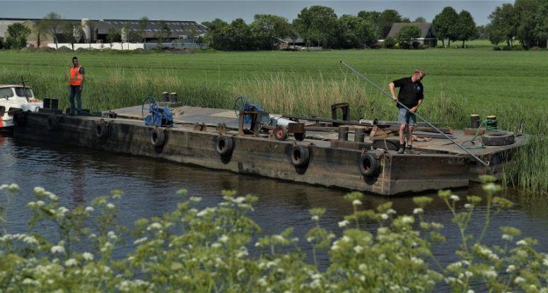 Inklapbare drijvend equipment Baars Sliedrecht