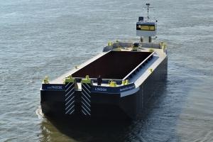 transport of hopper barge Baars
