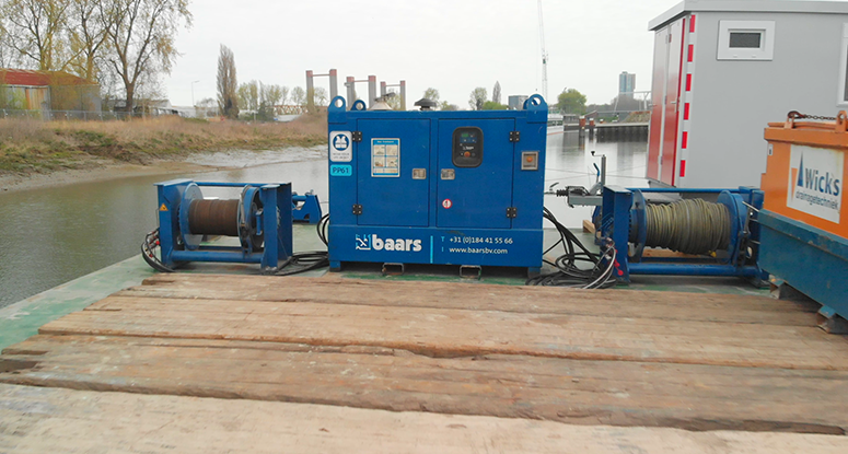 mooring system for barges for rental or sale