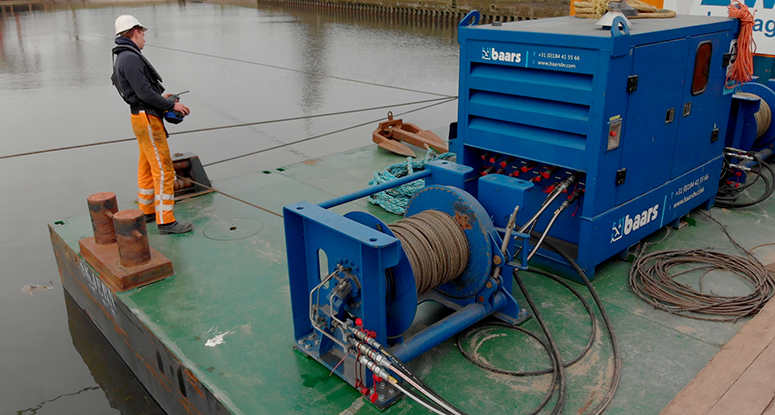 how to operate a mooring system