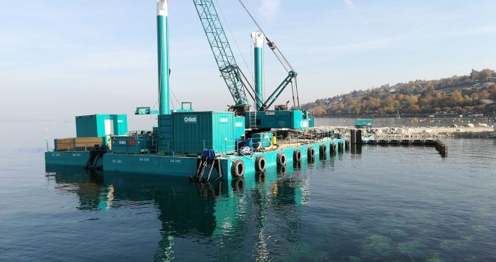 Dredging modular container pontoon
