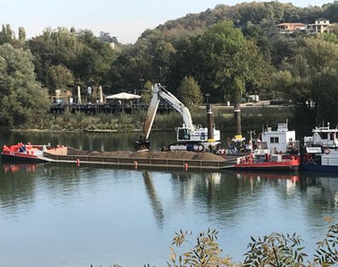 split hopper barges 335 m3