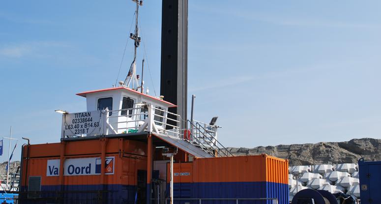 Koppelponton Titaan herstel Afsluitdijk